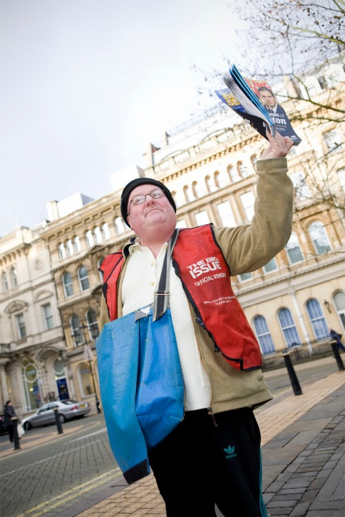 Peter_dolan_selling_the_big_issue_magazine_colmore_row