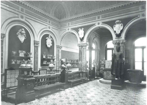 Vestibule entrance, possibly very early 20th century