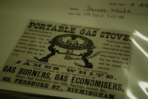 Trade card for portable gas stoves