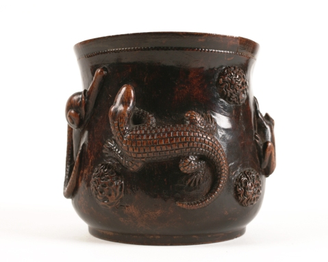 Witches' brew bowl showing a lizzard on the side